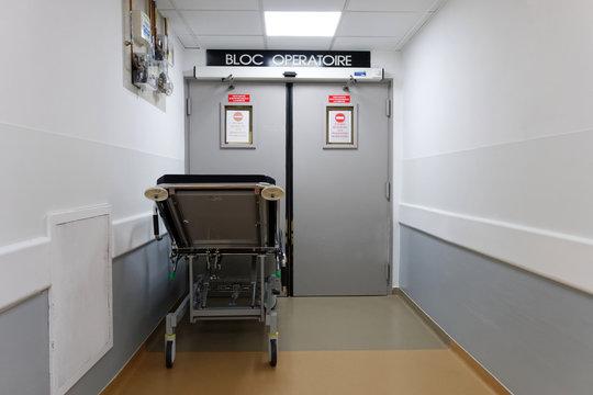 Entré bloc opératoire