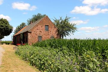 Alter Kotten mit Bauerngarten