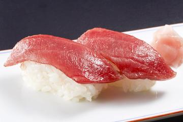 マグロの握り寿司 (tuna)