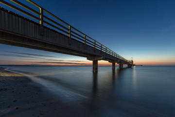 seebrücke Ostsee nachtaufnahme