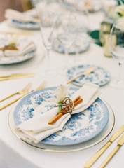 Blue and White Wedding Table with Tropical Details