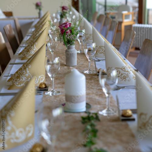 Tischdekoration Goldene Hochzeit Stockfotos Und Lizenzfreie Bilder