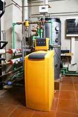 Drinking water treatment plant for residential buildings