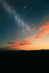 Via Lattea al tramonto