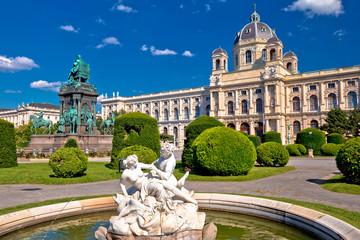 Keuken foto achterwand Wenen Maria Theresien Platz square in Vienna architecture and nature view