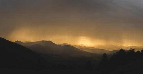 Fotobehang Heuvel Sunset