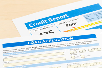 Loan application form with poor credit score