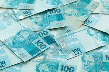 Brazilian money, reais, high denominations