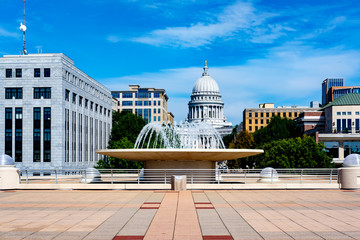 Fountain and State Capitol building, Madison Wisconsin