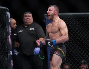 MMA: UFC Fight Night-Boise-Elkins vs Volkanovski