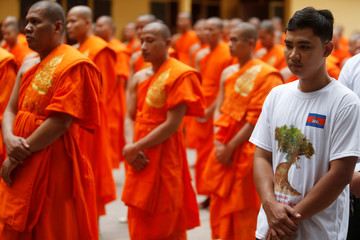 Buddhist monks commemorate World Heritage listings of temples in Phnom Penh