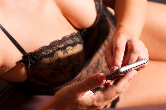 Sex Vorspiel am Smartphone