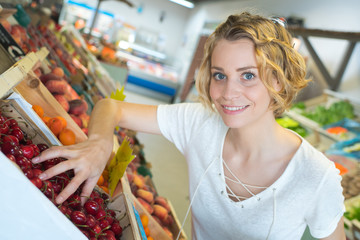 girl in the fruit stall