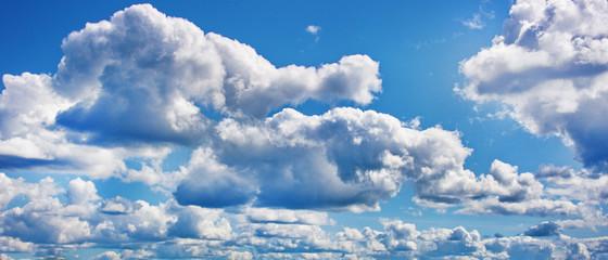 Blue sky wih clouds background