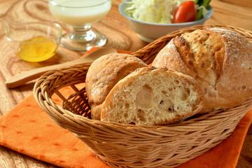 Rye and whole grain bread