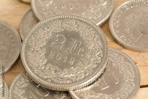 Münzen Schweizer Franken Chf Stockfotos Und Lizenzfreie Bilder Auf