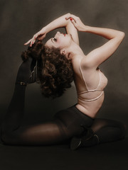 Portrait Artiste Yoga