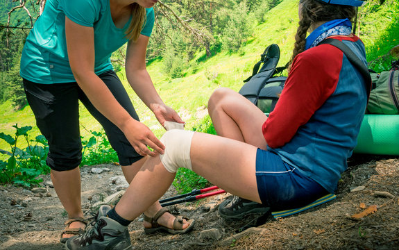hiking first aid