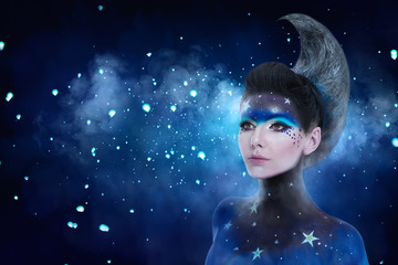 Moon make-up