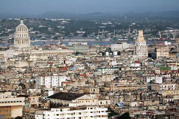 Vista panoramica della città dell'Avana Cuba dove si vede il Capitolio o Campidoglio Nazionale. Il suo design è paragonato a quello degli Stati Uniti, ma non ne è una replica