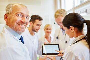 Team of doctors preparing diagnostic