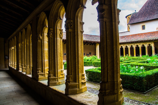abbey,charlieu,loire,france
