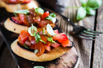 Bruschetta with tomato and fresh basil