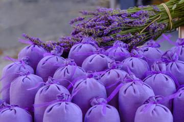 Garden Poster Lavender Sachets violets de lavande sechée.et bouquet de lavande.