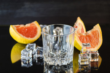 grapefruit drink with ice