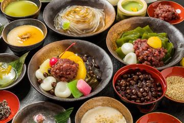 豆かん,あんみつ beans and cubes of agar Japanese sweets