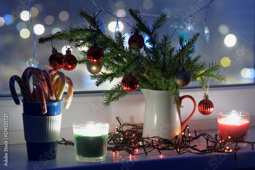 christmas decorations on a window sill - Window Sill Christmas Decorations
