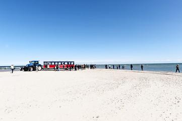 Touristenbahn Sandormen in Skagen-Grenen, Zusammentreffen Nordsee (Skagerak) und Ostsee (Kattegatt)