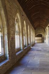 昼下がりの回廊
