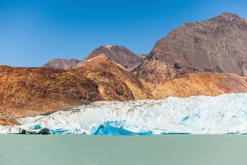 Pleasure tourist boat floats to the glacier
