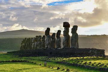 モアイ イースター島 アフ・トンガリキ 朝日 Afu Tongariki Rapa Nui Isla de Pascua Easter island