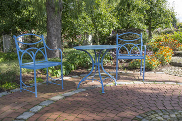 Blaue Sitzmöbel