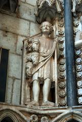 figuras puerta del reloj, catedral de toledo