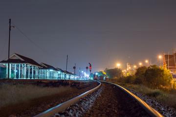夜・鉄道・電車・レール・線路