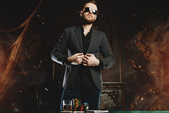 gambling in the club