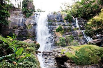 Wachirathan Wasserfall, Doi Inthanon National Park, Nordthailand, Südostasien