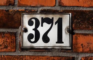 Hausnummer 371