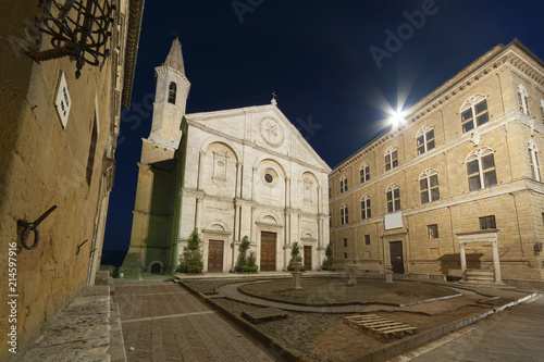 Fototapete cathedral in Medieval Town Pienza, Tuscany, Italy.
