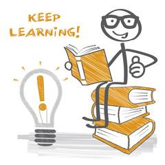 Keep learning - Strichmännchen auf Bücherstapel liest ein Buch