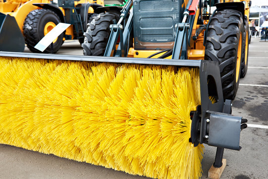 New mechanical sweeper