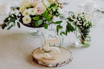 TABLE NUMERO 5