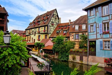Fototapete - Colmar, picturesque half timbered houses of the Petite Venise neighborhood, Alsace, France