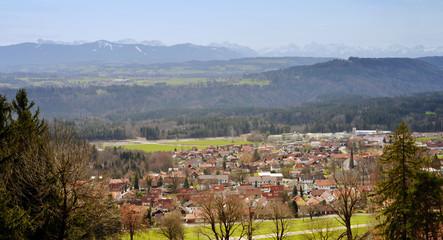 Blick auf die Alpen vom Hohenpeissenberg Oberbayern