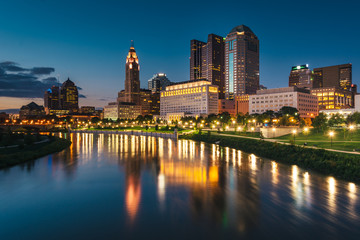 Wall Mural - The Scioto River and Columbus skyline at night, in Columbus, Ohio.