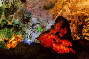 Thien Cung Cave, Halong Bay, Vietnam