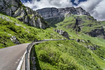 Klausen Pass, Linthal, Glarus Alps, Canton of Glarus, Switzerland Wall mural